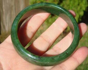 Beautiful Canadian BC Bright Green Jade  Bangle Bracelet 57.5 MM