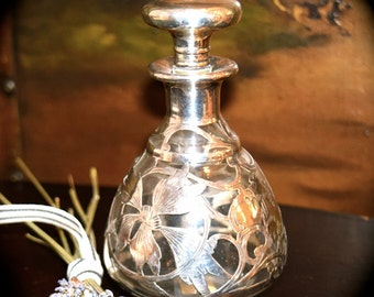 Antique English Crystal and Sterling Silver Perfume Bottle  c.1800's    Sku: C243