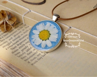Real Dried  Chrysanthemum DIY Jewelry Necklace,White Daisy Pressed Flower On A Sky Bottom Color Metal Base-Gift for Women