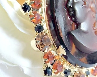 Juliana Cameo, set, Tortoise shell art glass. Delizza and Elster 1960s