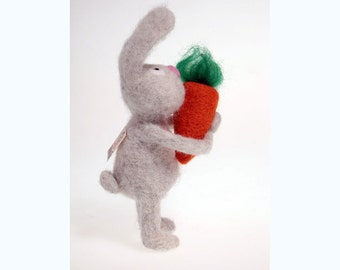Cute felted rabbit with carrot. Needle felted bunnies. Wool. Needle felted animal. high-quality. Gift for kids. Animal nursery decor.