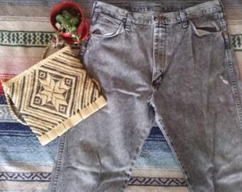 Vintage 1980s Black Acid Washed High Waisted Wrangler Denim Jeans 37 x 36
