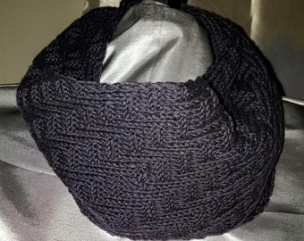 No wrong side scarf. Luxurious Cashmere! One of a kind!