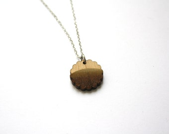 Wood pendant, rond necklace, landscape inspiration, wooden jewel made in France, summer jewellery, hippie bohemian style, natural jewelry