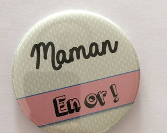 """""""MOM in gold"""" 56mm magnet"""