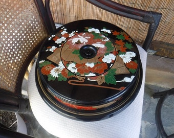 Japanese Lacquer Ware Serving Set Lazy Susan with lots of extras made in Japan