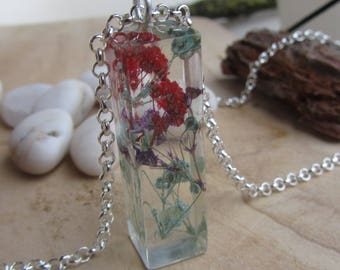 flower necklace, real baby breath necklace, floral necklace, colorful necklace, flower pendant, flower jewelry, real flower necklace, resin