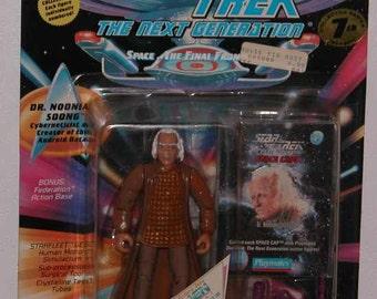 Vintage Star Trek The Next Generation Action Figure Playmates 1996 Noonian Soong #6038 - Science Fiction - Gene Roddenberry - Enterprise
