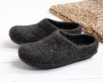 Felted rubber sole slippers- black man warm slippers- wool clogs- room slippers- boiled wool slippers- relax slippers