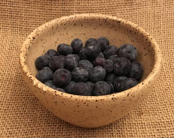 Ready to ship! Small colander, small berry bowl