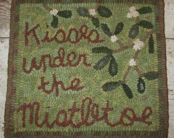 Primitive Rug Hooking Pattern~Under The Mistletoe