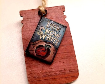 Little Snow White Bookmark