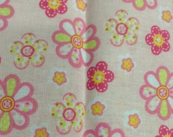 Nude pink daisies cotton