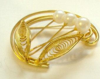 Genuine Pearl Brooch Pin