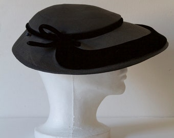 Marshall Field and Co. Wide Brim Hat