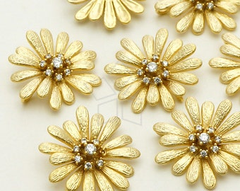 PD-704-MG / 2 Pcs - Cosmos Flower Pendant for Necklace, Matte Gold Plated over Brass / 17mm x 17mm