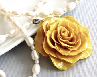 Large Real Rose, Pearl Necklace - Yellow Rose, Flower Necklace, Real Flower Jewelry, Nature Jewelry, Pearl Necklace, Statement Necklace