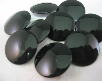 Black  Button , Lot of 6, shank,