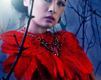 Victorian Feather Neckpiece - Le Rouge