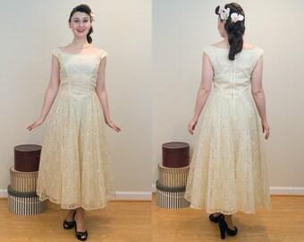 1950s Vintage Dress - Emma Domb Dainty Yellow Lace Prom Dress - Sunshine Pale Yellow