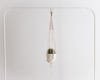 The famous - the popular • hanging planter
