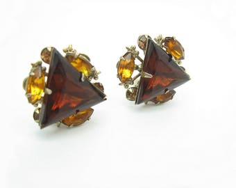 Rhinestone Triangle Earrings. Smoky Topaz. Fleur de Lis. Brown, Amber Clusters. Signed Beau Jewels. Clip Ons. Vintage 1950s Fashion Jewelry.