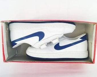 deadstock nike vulcan sneakers kids size 3 nib 1983