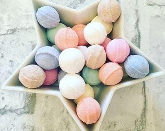 Bath Fizzers, Mini Bath Bomb Bags, Bath Fizz, Chill Pills, Mango, Chocolate Orange, Watermelon, Cherry, Toffee Apple, Parma Violets, Coconut