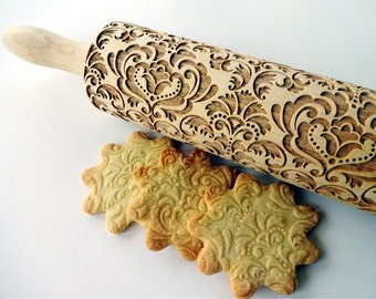 DAMASK Embossing Rolling Pin. Engraved rolling pin with Damask flower pattern for embossed cookies. Pottery