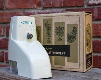 Vintage 1960s Oster Icer Attachment Model 435-01