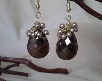 Brown Cluster Earrings