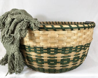 "BASKET PATTERN TUTORIAL - ""Tabitha"" Gathering Basket, Toy or Laundry Basket"