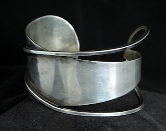 Vintage Sterling Silver Bracelet. Mid Century Modern. Cuff bracelet by Paul Lobel.