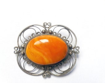 Mothers Day gift Vintage Amber stone brooch Metal brooch pin Vintage jewelry Shawl brooch Jacket brooch Amber brooch Grandmother gift