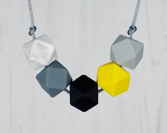 Silicone Teething Necklace, Nursing Necklace for Mum, Breastfeeding Jewellery, Colour Pop, Monochrome, New Mum Gift, Baby Shower Present