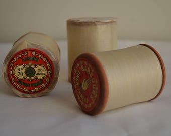 Spool of antique Barbour's Irish Linen thread no 70