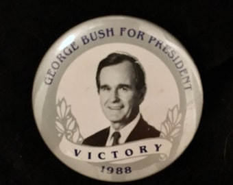 Presidential Campaign Pin George Bush for President Victory Button 1988