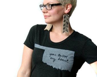 oklahoma shirt, oklahoma tshirt, graphic t, state pride, gray shirt, woman fashion t, screen print, silkscreen, free shipping