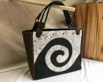 Swirl purse | 1 of a kind
