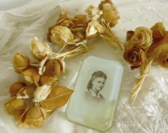 Just beautiful.... 36 rare vintage millinery ribbon work fabric flowers....CHARMANT!