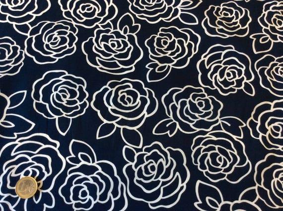 High quality cotton poplin, retro roses print on navy