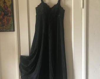 60s Sixties Black Lace Full Length Maxi Night Gown Sleepwear