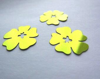 Hibiscus - set of 8 flower confetti - Olivine green color
