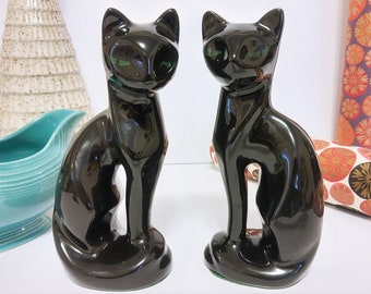 Vintage Ceramic Black Cats/ Pair of Cat Mantle Decorations