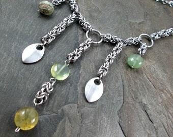 Chainmaille Necklace - Byantine Weave - Phrenite Gemstone Necklace - Chainmail Necklace - Chainmaille Jewelry