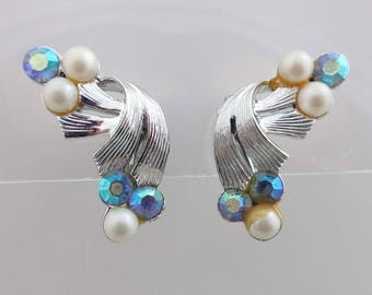 Coro Earrings AB Rhinestones Silver Clip On Backs Aurora Borealis Pearls 9026