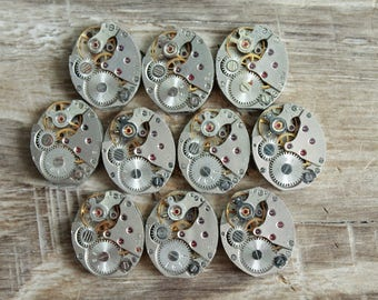 """lot of 10 watch movements  0.6 """" x 0.5 """" / jewelry supplies / Steampunk supplies /  Watch movements for art / Vintage / Steampunk Findings"""