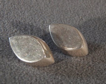 Vintage Sterling Silver Art Deco Earrings in a Marquise Shape                              M