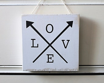 love arrows / mini / wood walling hanging / sign / distressed white / hand painted / newlyweds / valentine's day wedding home decor nursery