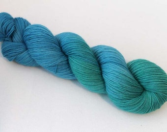 Seaglass, Hand dyed BFL Sock 4-ply, 75/25 sw BFL/nylon
